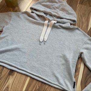 KENDALL + KYLIE | cropped hoodie grey size medium